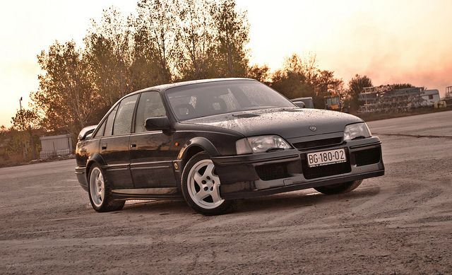 26 best images about opel omega lotus carlton on pinterest wolves sedans a. Black Bedroom Furniture Sets. Home Design Ideas