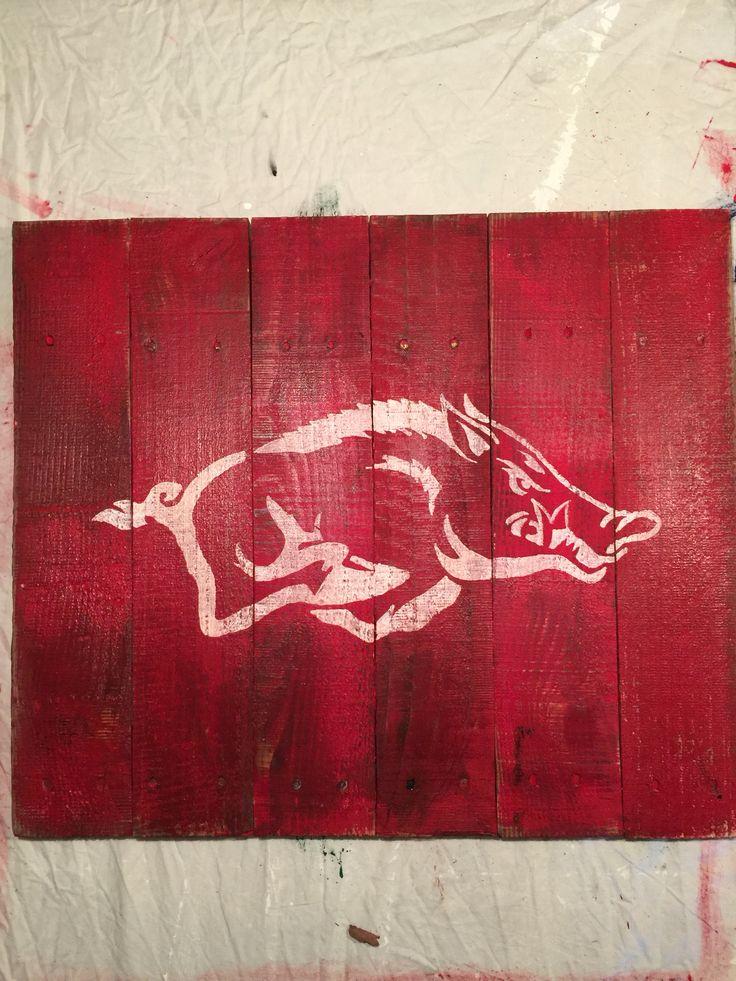 Arkansas Razorback pallet sign