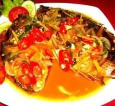 RESEP PECAK IKAN GORENG PEDAS  Pecak Ikan Goreng Pedas bisa menjadi menu untuk makanan keluarga kita, rasanya yang gurih pedas bisa menambah selera makan keluarga tersayang. Apa saja bahan, bumbu dan cara memasaknya, bisa disimak berikut ini ya.   Bahan-bahan: ♦ 5 ekor ikan (bisa lebih), bersihkan dan kerat-kerat badannya ♦...  http://follio.me/resep-masakan-pecak-ikan-goreng-pedas/?utm_source=PN&utm_medium=Resep+Bunda&utm_campaign=SNAP%2Bfrom%2BResep+Masakan+Sederha