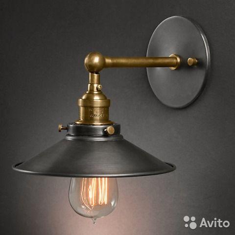 """Стильный прикроватный настенный ретро светильник в духе стимпанк.Цвет: """"старая латунь"""".В наличии 2 шт. Цена указана за 1 шт.Подойдёт для лофт и винтаж интерьеров. Отлично смотрится с лампами """"Эдисона"""" или простыми лампами накаливания тёплого света.Лампы..."""