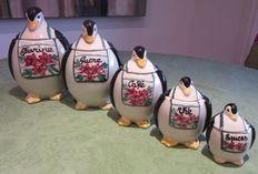 5 aardewerken kruidenpotten in de vorm van pinguins
