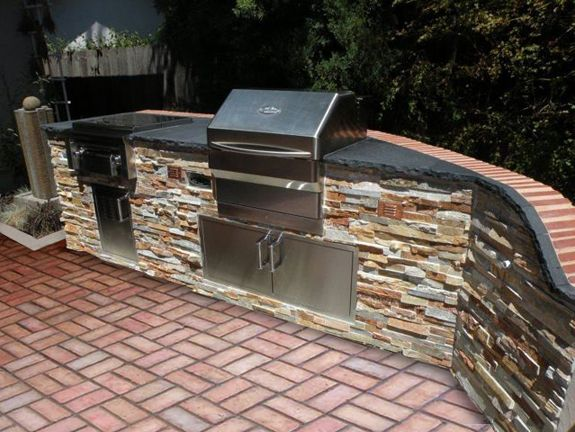 Memphis Wood fire Grills, BBQ's, Smokers dealer in San Diego - Olhausen Outdoor products