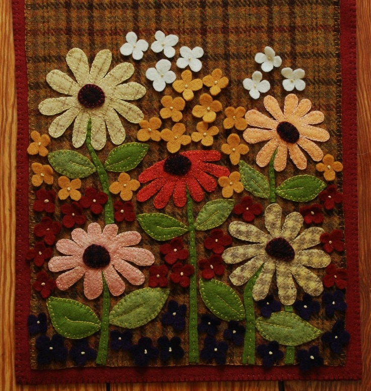 Wool applique brown plaid table runner penny rug candle mat black-eyed susans autumn