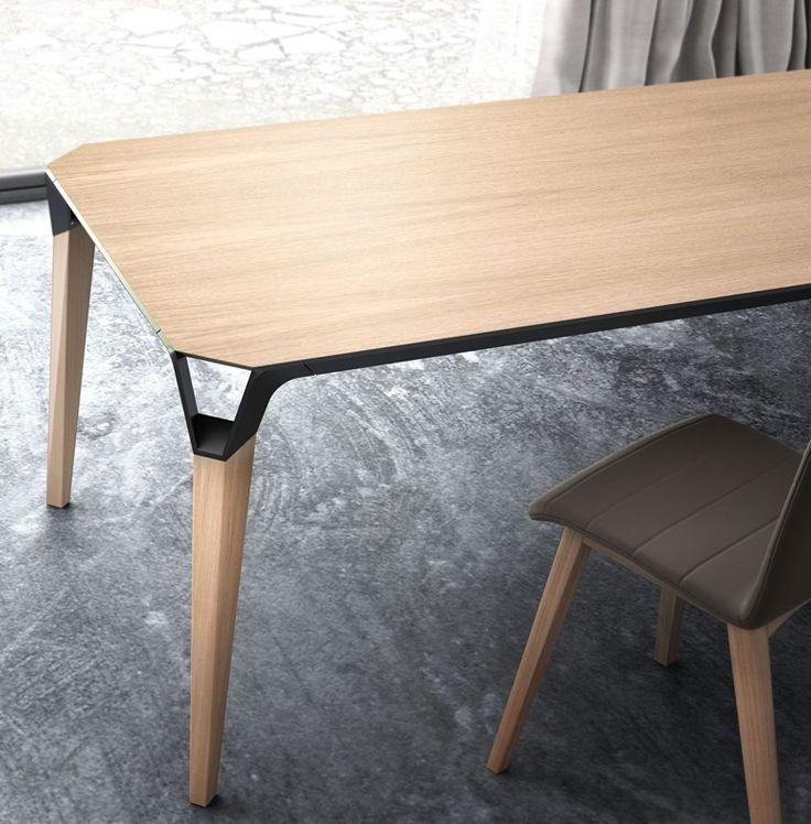 Rectangular wooden table LANA - Willisau #Details