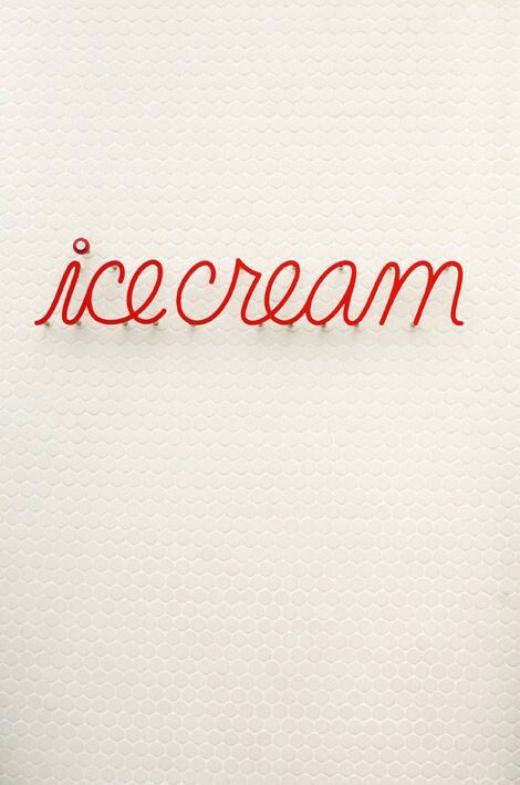 An effective and simple sing in a store front window can make a big impact to draw in customers. www.darrylsicecreamsolutions.com