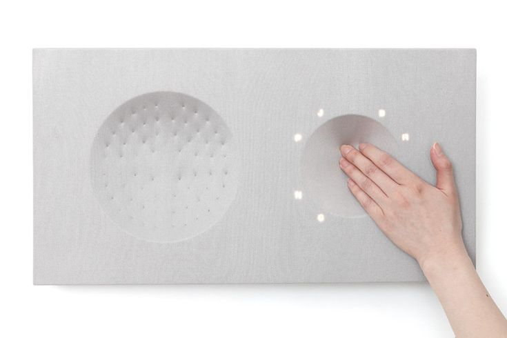 Sink Your Hands Into This Shapeable Fabric Stereo. Designer Jo Eunhee has developed a new type of interaction model called Tangible Textural Interface (TTI).