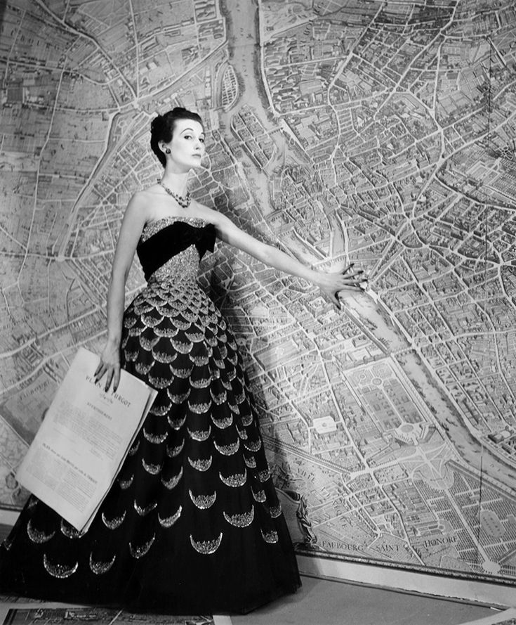 Louise Dahl-Wolfe, 'Mary Jane Russell, Plan de Paris', 1951