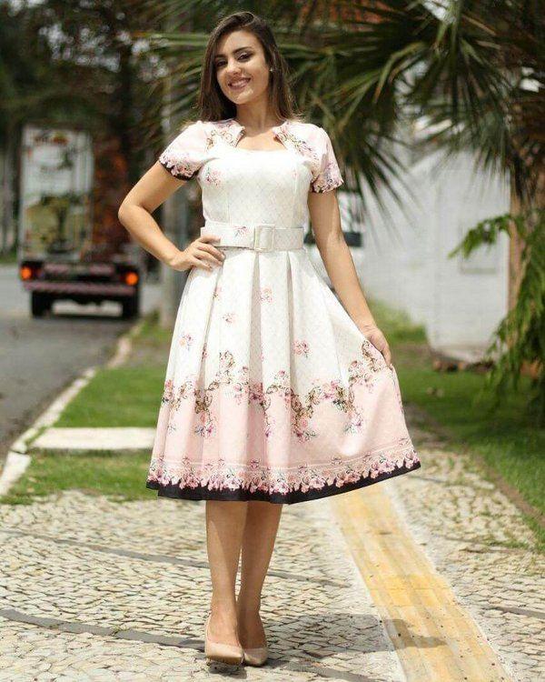 c5cebfc1d1 Vestido Midi Ester Floral - Moda Evangélica - Flor de Amêndoa ...