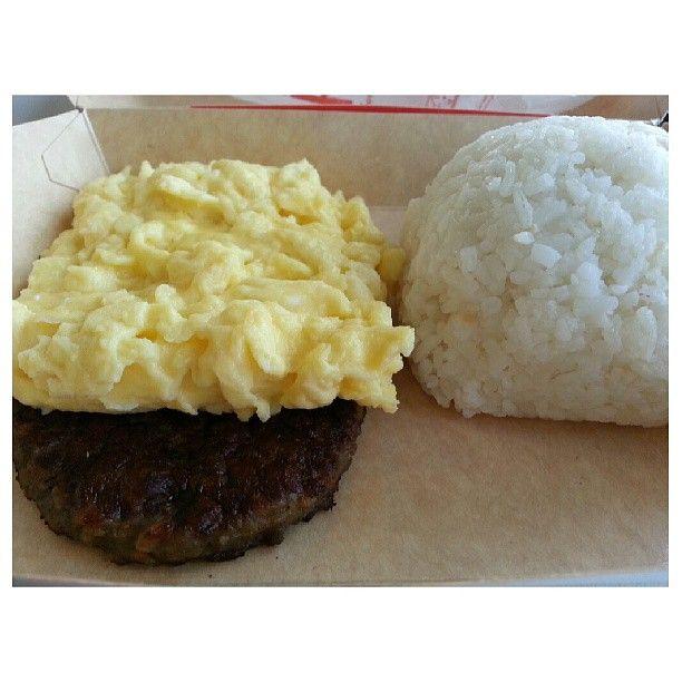 #sausage #platter w/ #rice for #breakfast at #mcdonalds w/ wifey #yummy #food #philippines カミさんと出勤前に#朝マック #朝ごはん #フィリピン