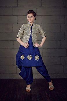 Patiala Salwar suit in butter crepe fabric highlighted with zardosi work #Benzer #Benzerworld #Kidswear #IndianwearForKids #PatialaSuit