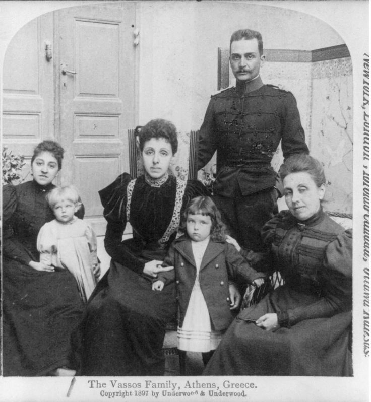 https://flic.kr/p/5Kkkid | colonel vassos family 1897 | from collection stereocards in Library of congress