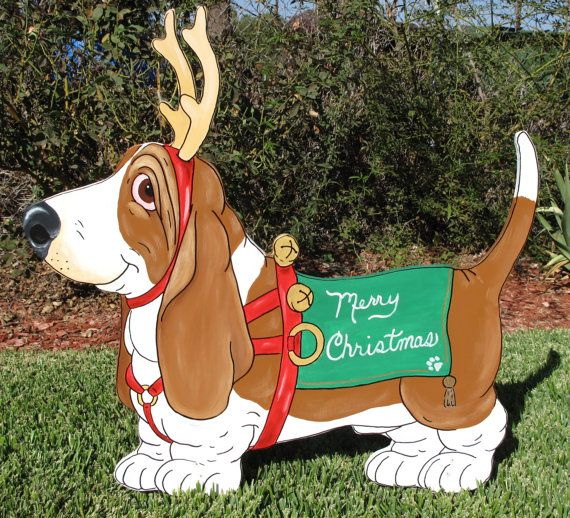 """Outdoor Wooden Christmas Yard Decorations: Basset Hound Christmas Yard Art """"Red"""""""