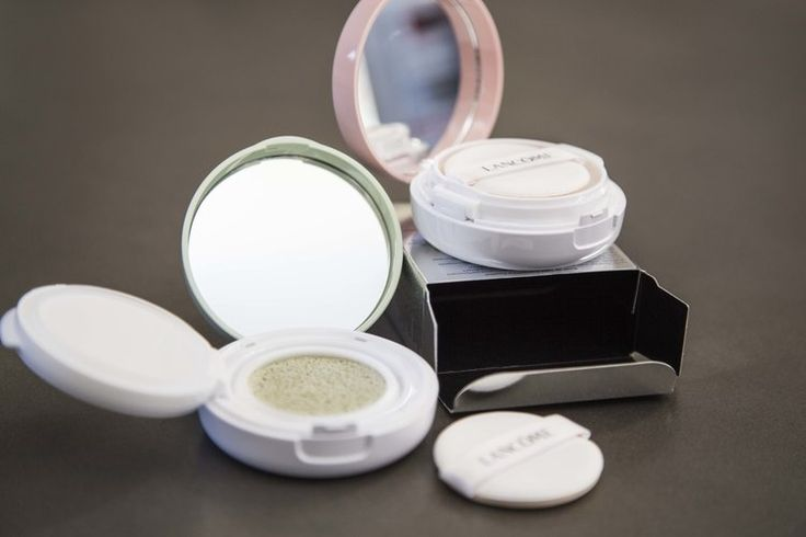 The Low Down on Colour Correcting Concealers; Lancôme Miracle CC Cushion Colour Correcting Primers in Green and Pinky Peach #makeup #colourcorrecting #concealers #DIY #howto