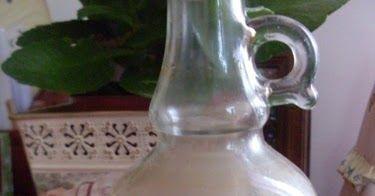 Dopo il Persichino  ecco altro ottimo liquore di recupero che si prepara usando i noccioli di un frutto.  Il gusto è veramente delizioso, ...