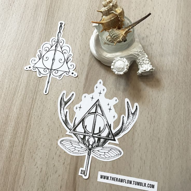 Dotwork Deathly Hallows tattoo design, download the complete Harry Potter design collection: www.rawaf.shop/tattoo