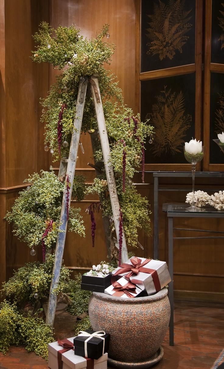 Un arbol original de bayas de palmeras #navidad #decoracion #christmas #decorations