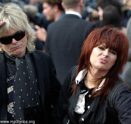 Chrissy Amphlett...Love her!