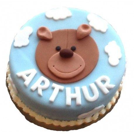 Gâteau d'anniversaire ourson dans les nuagesque vous pourrez personnaliser avec le prénom de l'enfantExiste en Bleu ou en RosePersonnaliser et commander votre gâteau ci-dessous