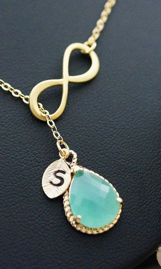 Gorgeous! I opened the link and loved everything on it. Earings to match as well and such good prices!
