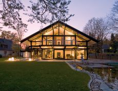 Modern timber-frame architecture in wood and glass: - HUF HAUS