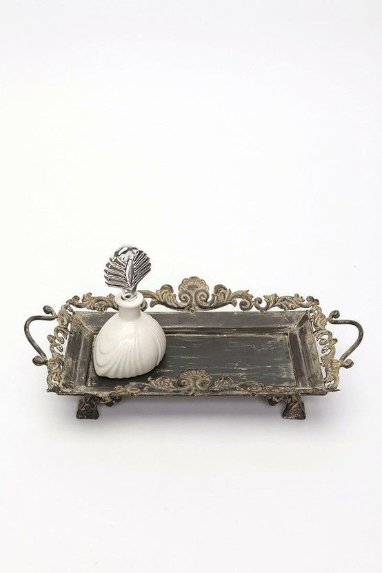 urban outfitters filigree scroll vanity tray, need it