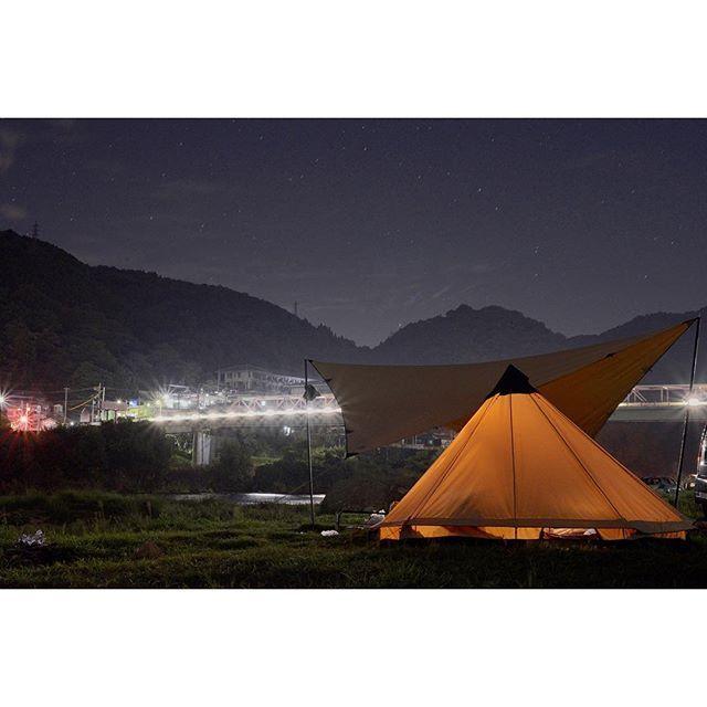 Instagram【yako1127】さんの写真をピンしています。 《🌙一昨日夜ですが。 . 笠置の橋がギラギラしていたので、絞り気味でギラギラしてみました📸 長時間露光なので星は流れていた。 . #笠置キャンプ場#笠置#キャンプ#キャンプ場#河川#橋#ギラギラ#絞り#長時間露光#ローベンス#フェアバンクス#テント#コットンテント#タープ#コットンタープ#写真#一眼レフ#写真好きな人と繋がりたい#写真撮ってる人と繋がりたい#フルサイズ#ニコン#星空#夜景 #camping#robens#tent#fairbanks#nikon#d600》