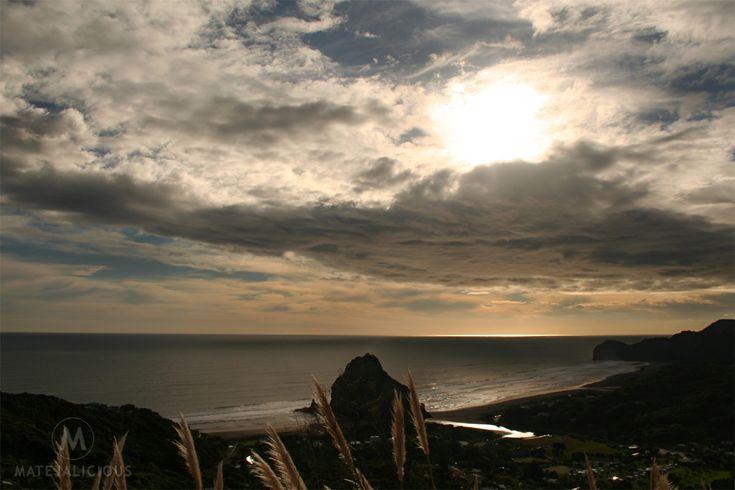 Piha Beach Sunset - Matejalicious Travel and Adventure
