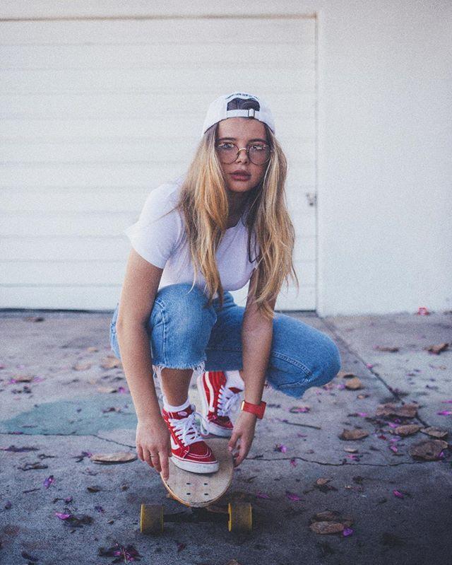 Skateboarding Obsessed with area where i live now photo by @sethdoylee #skate #skating #sport #fun #beach #ocean #streetstyle #street #palms #cali #usa #америка #калифорния #спорт #фитнес #скейт #девушка #модель #вечер #night #dark #photography #awesome #sdmodel #lamodels #dope #rain #thevisualvogue