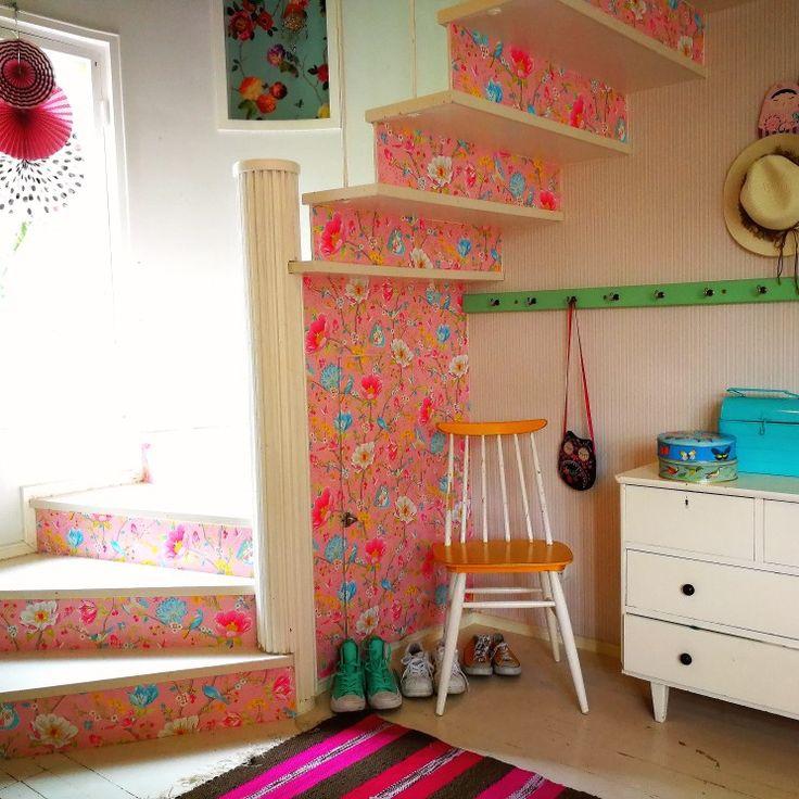 #hallway #stairway #pipstudio #pink