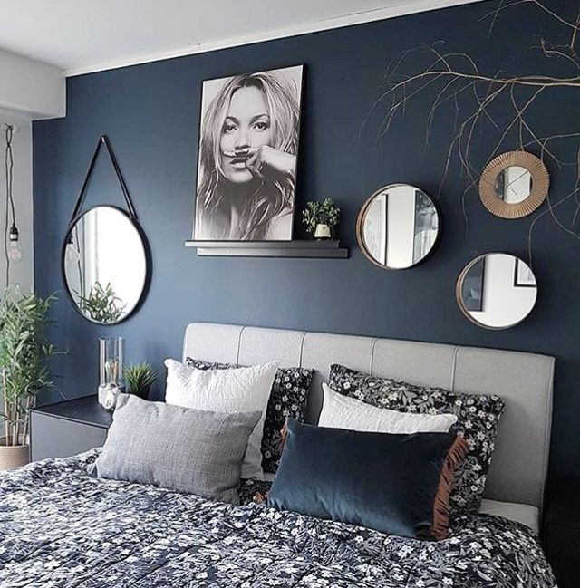 Please click on the picture and visit the page. You can achieve much more than you are looking for. Navy wall with decorations, pillow arrangement and mirrors. – #arrangement # décorations #mirrors #Navy #pillow #Wall