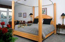 Whitestone Inn Bed and Breakfast, Watts Bar Lake, TN