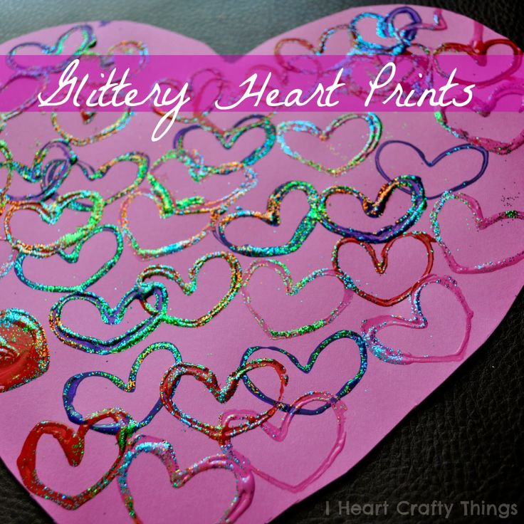Glittery Heart Prints Kids Craft via I Heart Crafty Things