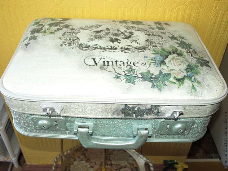 Купить Чемодан. Винтаж. - старый чемодан, реставрация, реставрация чемодана, оформление чемодана, предмет интерьера