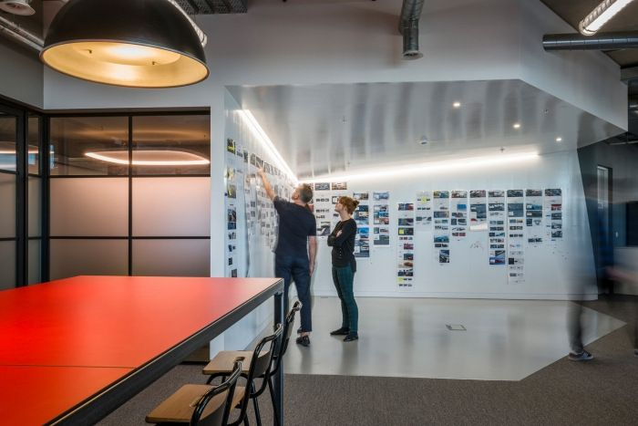 Spark44 Office By Align Office Snapshots Office Feature Wall Office Collaboration Interior Architecture Design
