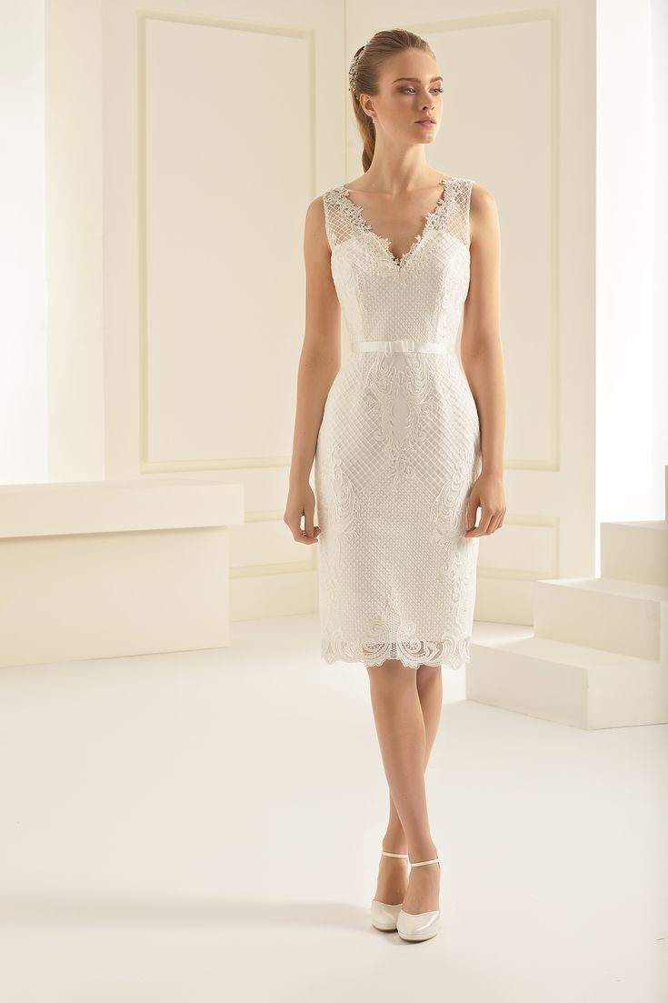 9 best Bianco disponible Christiane Boutique Mariage images on Pinterest