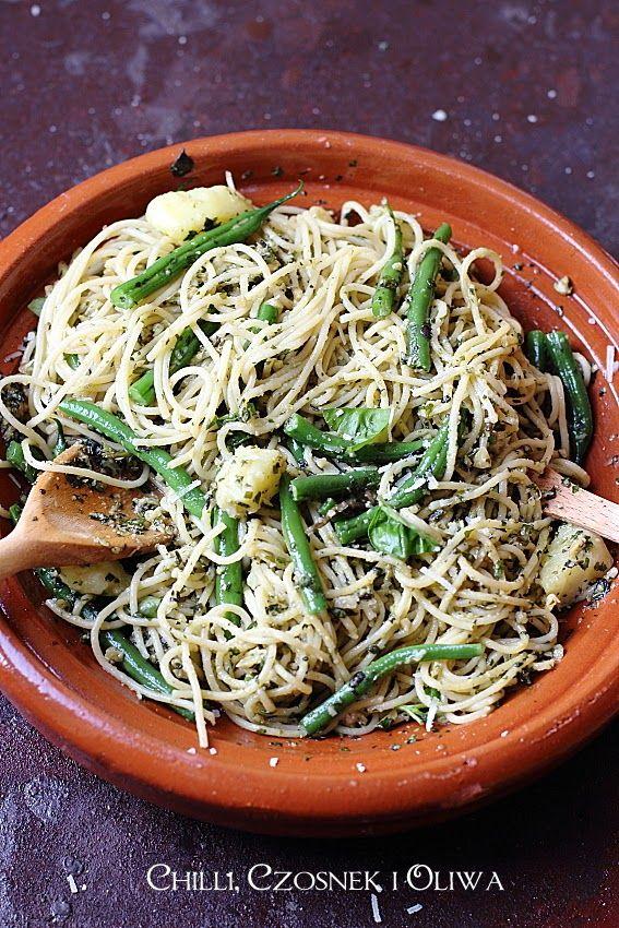 Chilli, czosnek i oliwa - blog o kuchni śródziemnomorskiej: Spaghetti po genueńsku