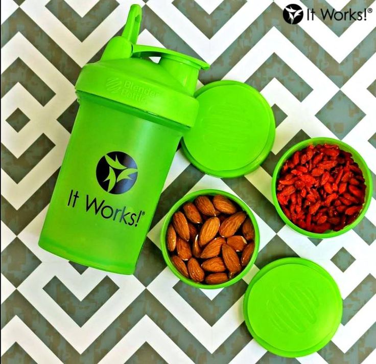 Always be prepared with your It Works! Blender Bottle! With three detachable compartments to tote your essentials, you have options for both Greens AND snacks! What do you fill yours with for your #ItWorksAdventure?