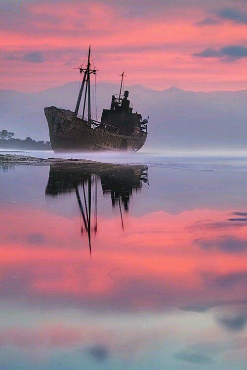 Shipwreck on the Greek Shore, Krokees.