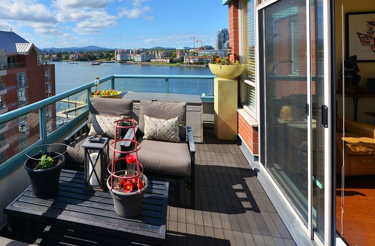 FORSALE:Memories to be made at Montreal St. is a 2 bedroom 3 bathroom rare penthouse overlooking the inner harbor of Victoria!