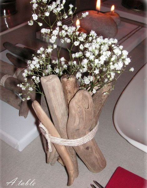 strap pieces around a jar to create a vase. How about for sweetpeas! 20 Original Ideas To Decorate Your Interior Using Driftwood | Shelterness