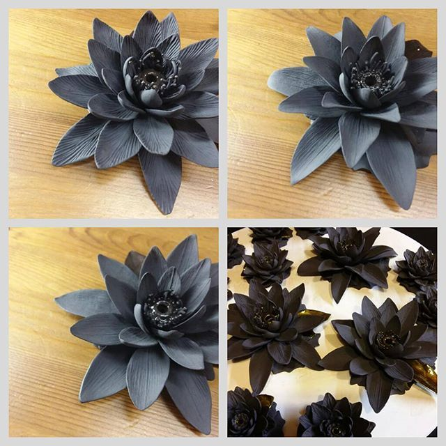 Black porcelain big lotuses, hand built, after firing. Working progress. #porcelain #blackporcelain #porcelainflowers #lotus #ceramicflowers #ceramiclotus #blacklotus #ceramicart #kunst #porcelainlotus #ceramicart #ceramic #ceramics #ceramicsculpture #artdelatable #artdeco #porcelainjewellery #interiordesign #porcelaindesign #interiordecor #interiorideas #tabledecor #tabledesign #homedesign #homedecor #porzellan #porcelaine #porcellana #ceramicartist #anriirene