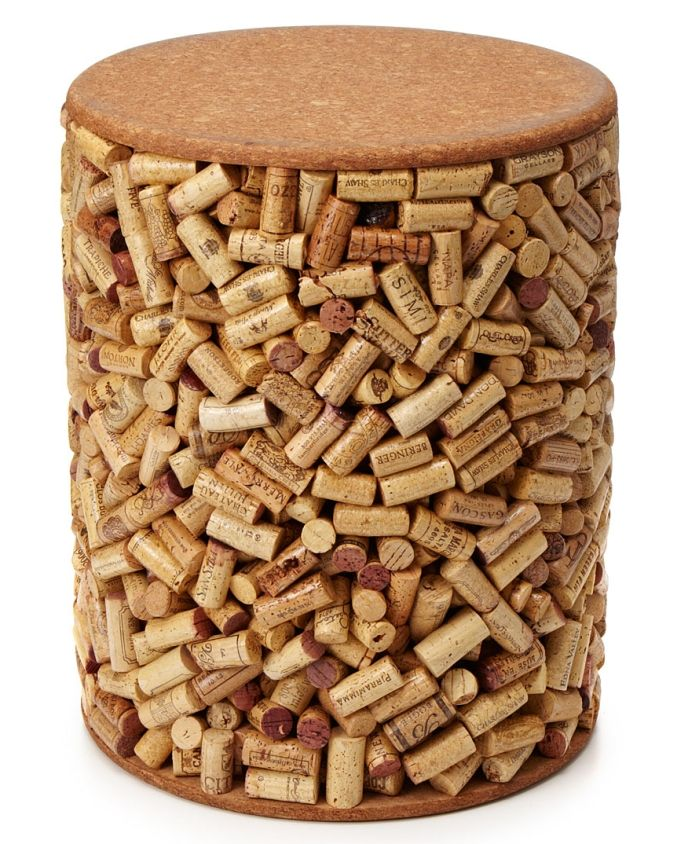 WINE CORK STOOL-I'm going to glue them to a wine box!!