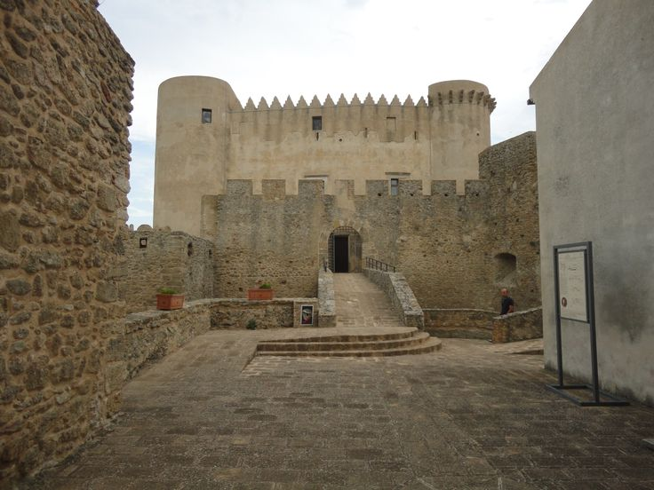 Castello di Santa Severina, provincia di Crotone [Foto a cura di ScoprilaCalabria]