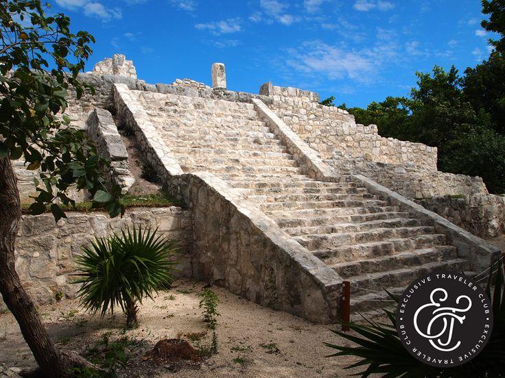 EXCLUSIVE TRAVELER CLUB. El Caribe mexicano es uno de los lugares por excelencia para relajarse, pero también para explorar sus atractivos turísticos y conocer el misticismo de la cultura maya. En Exclusive Traveler Club, le invitamos a hospedarse en alguno de los Home Resorts Catalonia que tenemos disponibles para usted y así, poder planear su visita a alguno de los sitios más interesantes como la zona arqueológica El Rey, un yacimiento histórico que se ubica en la zona turística de Cancún…