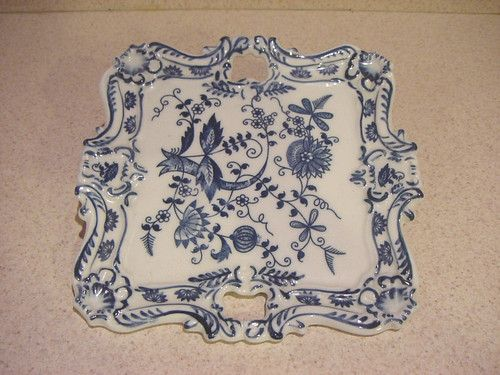 Antique China dishes- I collect the old dlue and white china and love it.