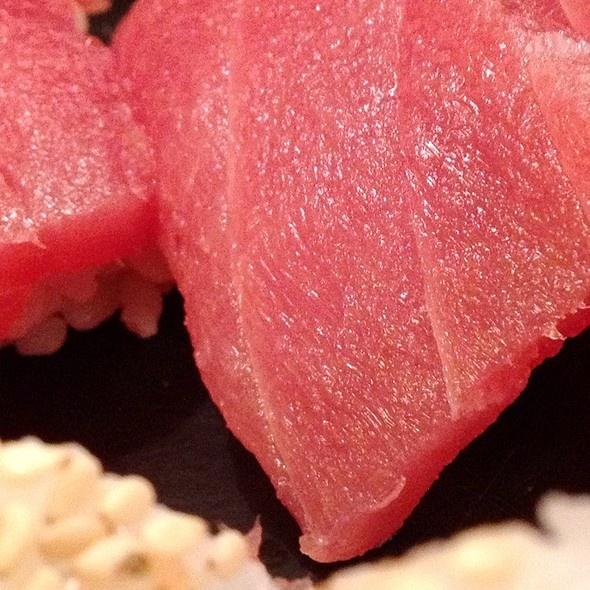 Tuna Sushi @ SushiGen - Marcelo Maia