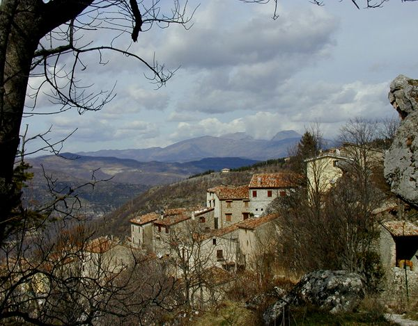 On the way up to the ski resort of Prati di Tivo is another of those wonderful hill-side medieval towns Abruzzo does so well – Pietracamela. This town is well-known as a starting point for hikers ascending the Pizzo d'Intermesoli, Corno Piccolo & Corno Grande, and a popular stopping off point before after skiing in the winter.