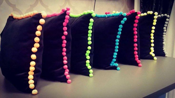 Konkurs - do wygrania poduszki dekoracyjne! Zapraszamy na: https://www.facebook.com/JoannaStudio/posts/1656217981298785