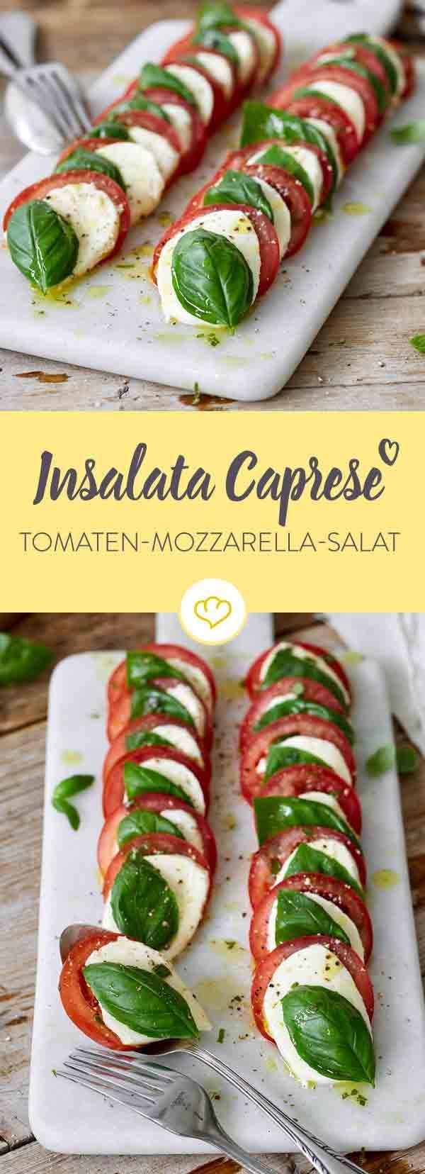 Ein Herz für italienische Klassiker: Insalata Caprese ist der einzig wahre Tomaten-Mozzarella-Salat, der hier in Grün, Weiß, Rot erstrahlt.
