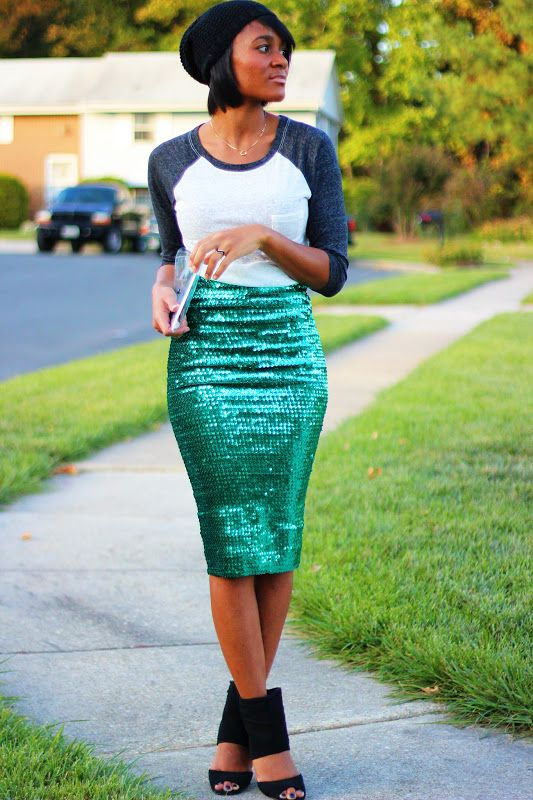 OMG - I LOVE THIS SKIRT!!! {The Daileigh: Sequins, by day}